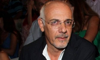 Γιώργος Κιμούλης: «Έχουμε μπερδέψει την Τέχνη με τη showbiz»
