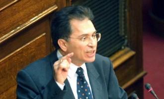Βουλευτής του ΠΑΣΟΚ «είχε στο πατάρι 500 εκατ. δραχμές» – Όλα όσα κατέθεσε μάρτυρας