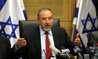 Το ισραηλινό υπουργείο Άμυνας διευκρινίζει: Ο Λίμπερμαν είπε ότι «δεν υπάρχουν αφελείς» στη Λωρίδα της Γάζας