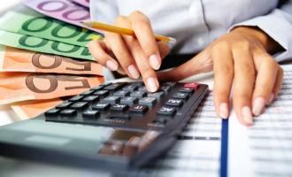 """Οι τράπεζες στέλνουν επιστολές σε 400.000 δανειολήπτες για """"κούρεμα"""""""