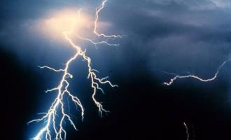 Άστατος καιρός με βροχές και ισχυρές καταιγίδες το Σάββατο