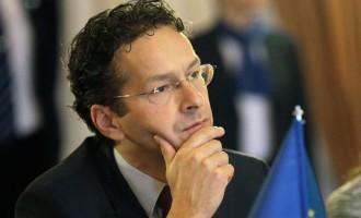 Ντάισελμπλουμ: Δεν μπορούμε να αφήσουμε Ιταλούς και Έλληνες μόνους στο προσφυγικό
