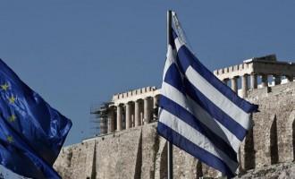 UBS: Η Ελλάδα βαδίζει το δρόμο της καθαρής εξόδου από τα μνημόνια