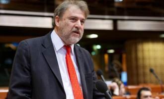 Δεκτό το αίτημα Μαριά για παρέμβαση του Ευρωκοινοβουλίου στο θέμα των στρατιωτικών