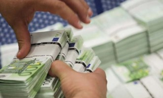 Επιστρέφει η εμπιστοσύνη στις τράπεζες: Νέα μείωση του ELA κατά 2,8 δισ. ευρώ
