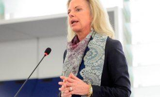 Κατεπείγουσα ερώτηση της Βόζεμπεργκ στην Κομισιόν για την τουρκική επιθετικότητα στο Αιγαίο