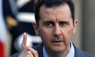 Η Γαλλία αφαιρεί από τον Άσαντ το παράσημο της «Λεγεώνας της Τιμής» που του είχε απονείμει