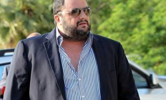 Mε εισαγγελική διάταξη απαγορεύθηκε η έξοδος στον επιχειρηματία Βαγγέλη Μαρινάκη