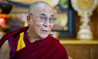 Ο Δαλάι Λάμα πάει στις ΗΠΑ να συναντήσει τον Τραμπ