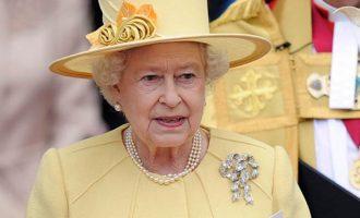 Τι έλεγε η μεθυσμένη βασίλισσα Ελισάβετ στο γιο της Κάρολο για την Καμίλα