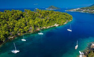 """Ελληνικό νησί στη λίστα με τους """"κρυμμένους παραδείσους"""" του πλανήτη"""