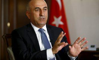 Νέα «προειδοποίηση» Τσαβούσογλου: Oι σχέσεις Τουρκίας-ΗΠΑ είναι κοντά στην «κατάρρευση»