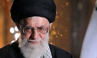 Χαμενεΐ: Το Ιράν έπαιξε καθοριστικό ρόλο στην ήττα του Ισλαμικού Κράτους