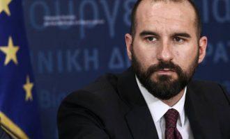 Δημ. Τζανακόπουλος: Ο Βαρουφάκης παίζει το παιχνίδι της ΝΔ