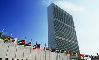 Η Γαλλία θα αναλάβει «από Δευτέρα» διπλωματικές πρωτοβουλίες στον ΟΗΕ για τη Συρία
