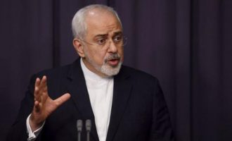 Ιρανός ΥΠ.ΕΞ.: Nα αλλάξουν πολιτική οι ΗΠΑ – Θα τα βρούμε με τη Σαουδική Αραβία