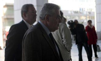 """Ενοχή Μαντέλη για """"ξέπλυμα"""" μισού εκατ. από τη Siemens θέλει ο εισαγγελέας"""