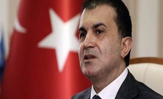 Τούρκος υπουργός: Να κάνουμε μία λίμνη ειρήνης το Αιγαίο