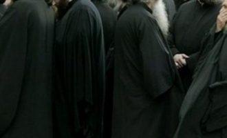 Οι κληρικοί της Κρήτης ζήτησαν συγγνώμη από τους πιστούς