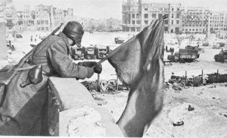 Όταν ο Ρούσβελτ διέσυρε τη θεωρία εξίσωσης ναζί – κομμουνιστών της ΝΔ