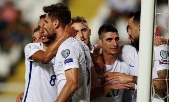 «Ζωντανή» για τα μπαράζ η Εθνική Ελλάδος – Νίκησε 2-1 την Κύπρο