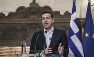 Όλο το παρασκήνιο: Πώς έφτασε ο Τσίπρας στο μέρισμα 1,4 δισ. σε 4 εκατ. πολίτες