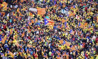 """45.000 διαδηλωτές υπέρ της αυτονομίας της Καταλονίας στις Βρυξέλλες – """"Ευρώπη ξύπνα"""""""