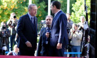 """Οργή στην τουρκική αντιπολίτευση για τις δηλώσεις Ερντογάν για """"επικαιροποίηση"""" της Συνθήκης της Λωζάνης"""