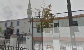 """Μεταφέρουν κόσμο από την Τουρκία στην Κομοτηνή για να δείξουν """"μέγα πλήθος"""" λατρείας στον Ερντογάν"""