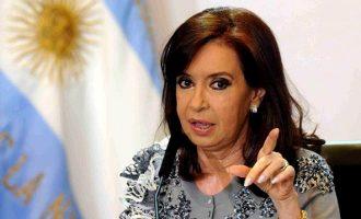 Τη σύλληψη της πρώην προέδρου Κριστίνα Κίρχνερ  διέταξε η δικαιοσύνη της Αργεντινής