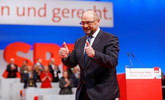 """Σουλτς: """"Nαι"""" σε Μέρκελ  για σχηματισμό κυβέρνησης – """"'Οχι"""" σε λιτότητα """"τύπου Σόιμπλ"""" για την ΕΕ"""