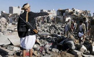 Εντολή Τραμπ σε Σ. Αραβία να σταματήσει τους βομβαρδισμούς στην Υεμένη