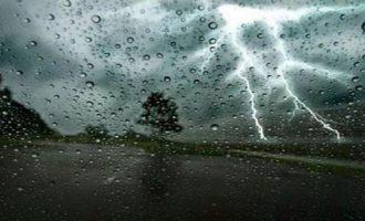 Έκτακτο δελτίο επιδείνωσης καιρού: Βροχές και καταιγίδες από το απόγευμα της Κυριακής