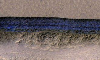 Ανακαλύφθηκαν τεράστια αποθέματα νερού στον πλανήτη Άρη