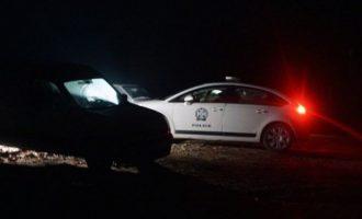 37χρονος άνοιξε πυρ σε αυτοκίνητο με οικογένεια – Τραυματίες οι αστυνομικοί που τον καταδίωξαν