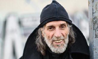 Έφυγε από τη ζωή ο σχεδιαστής μόδας Δημήτρης Παρθένης