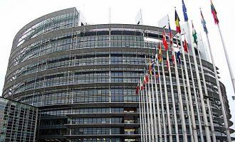Στο Ευρωπαϊκό Κοινοβούλιο θα συζητηθεί η κράτηση των Ελλήνων στρατιωτικών