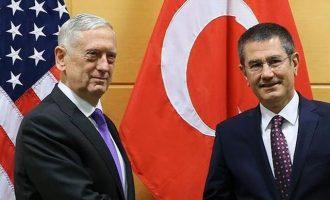 Τζέιμς Μάτις σε Τούρκους: «Να επικεντρωθείτε στον πόλεμο ενάντια στο Ισλαμικό Κράτος»