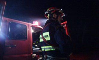 Τραγωδία στον Κολωνό: Ένας νεκρός από φωτιά σε αποθήκη
