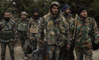 Μονάδες της συριακής Εθνοφρουράς αναμένουν το «πράσινο φως» για να εισέλθουν στην Εφρίν