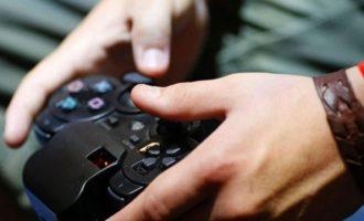 """Σοκ: """"Φύτεψε"""" σφαίρα στο κεφάλι της αδελφής του επειδή δεν τον άφησε να παίξει βιντεοπαιχνίδι"""