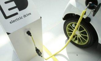 Υποδομές-ορόσημο: Αλλάζουν όλα με τους 1.500 σταθμούς φόρτισης για ηλεκτρικά αυτοκίνητα