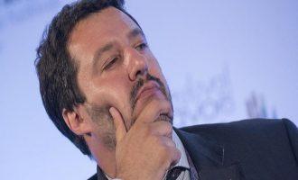 Σαλβίνι: Ανέφικτη μια ξαφνική έξοδο της Ιταλίας από το ευρώ