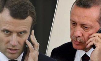 """Ο Ερντογάν """"γκρινιάζει"""" σε Μακρόν: Δίνεις λανθασμένες πληροφορίες για την Εφρίν"""