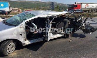 Τραγωδία στη Θεσσαλονίκη: Τρεις νεκροί από μετωπική σύγκρουση αυτοκινήτων