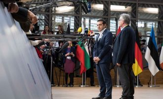 Αιχμηρή παρέμβαση Τσίπρα στις Βρυξέλλες για τους «φορολογικούς παραδείσους»