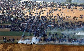 Χιλιάδες Παλαιστίνιοι στα σύνορα Γάζας-Ισραήλ μετά από κάλεσμα της Χαμάς