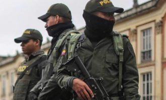 Οκτώ αστυνομικοί νεκροί σε επίθεση με εκρηκτικό μηχανισμό στην Κολομβία