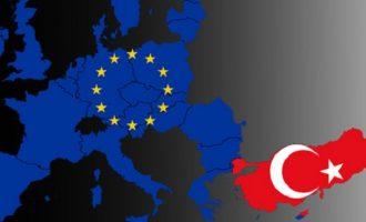 Έκθεση Κομισιόν: «Η Τουρκία έχει κάνει μεγάλα βήματα μακριά από την ΕΕ»