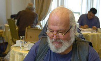 Πέθανε σε ηλικία 74 χρονών ο σκιτσογράφος Βαγγέλης Παυλίδης